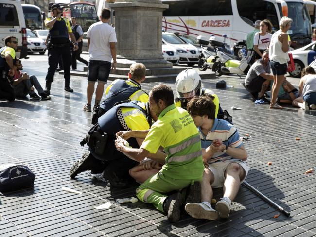 Toàn cảnh vụ khủng bố tại Barcelona Tây Ban Nha 13 người chết cho tới nay