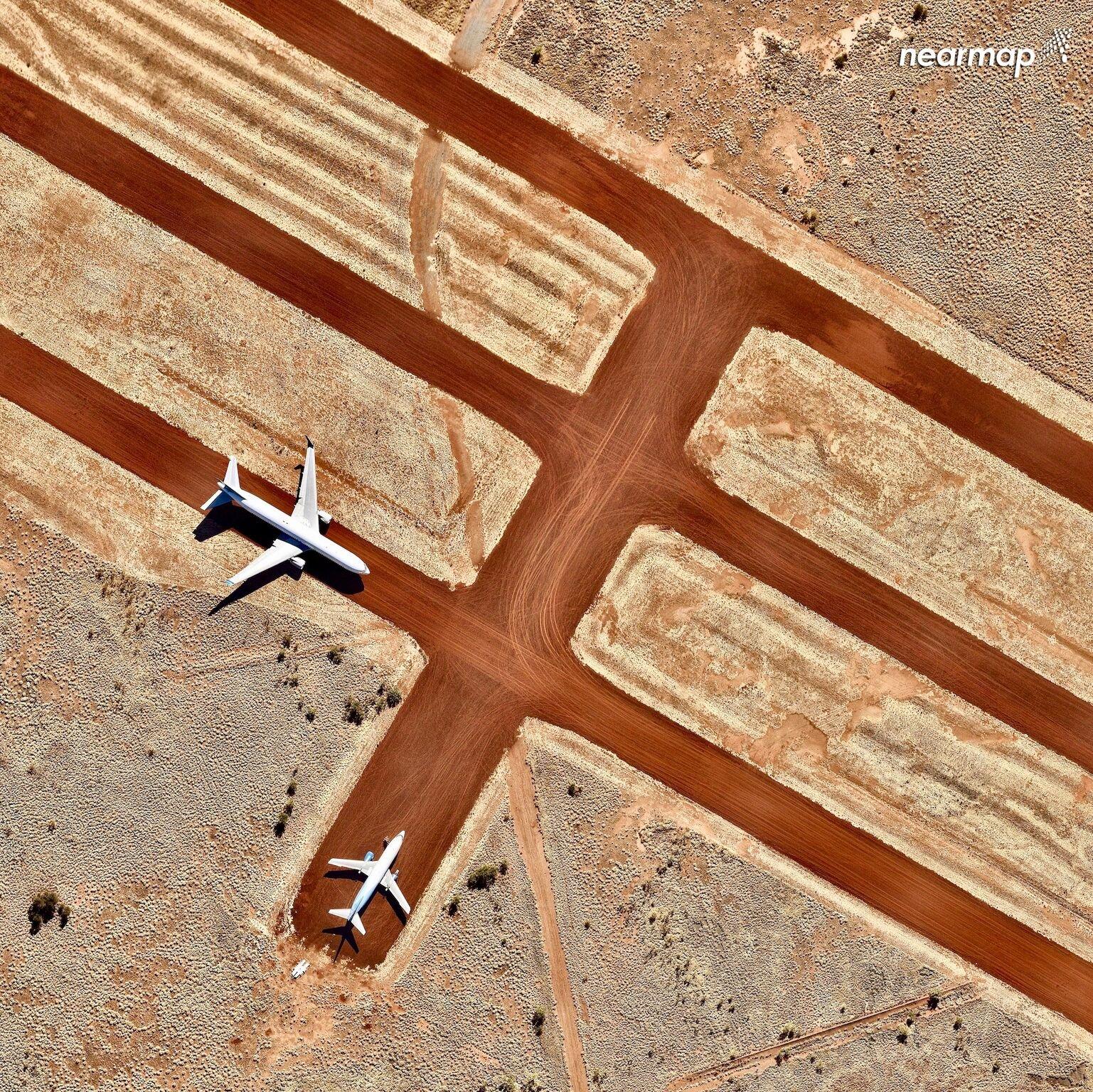 1.Alice Springs Airport NT - 10 bức ảnh tuyệt đẹp cho bạn góc nhìn 'lạ' về nước Úc bạn chưa từng thấy trước đây