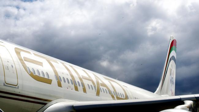 1bd3f3bf37b680a54a5ddfccb53687a8 - Bloger du lịch tiết lộ bí quyết để có dịch vụ miễn phí trên chuyến bay của bạn