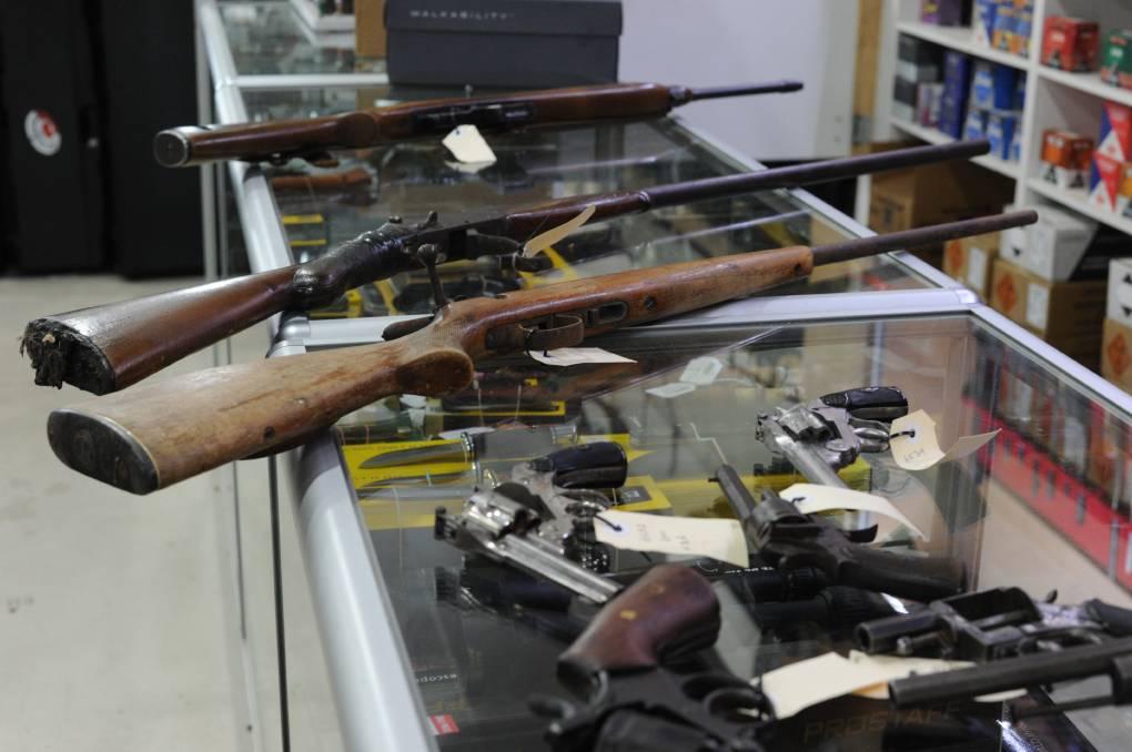 Hàng ngàn khẩu súng đã được thu giữ ở Victoria2
