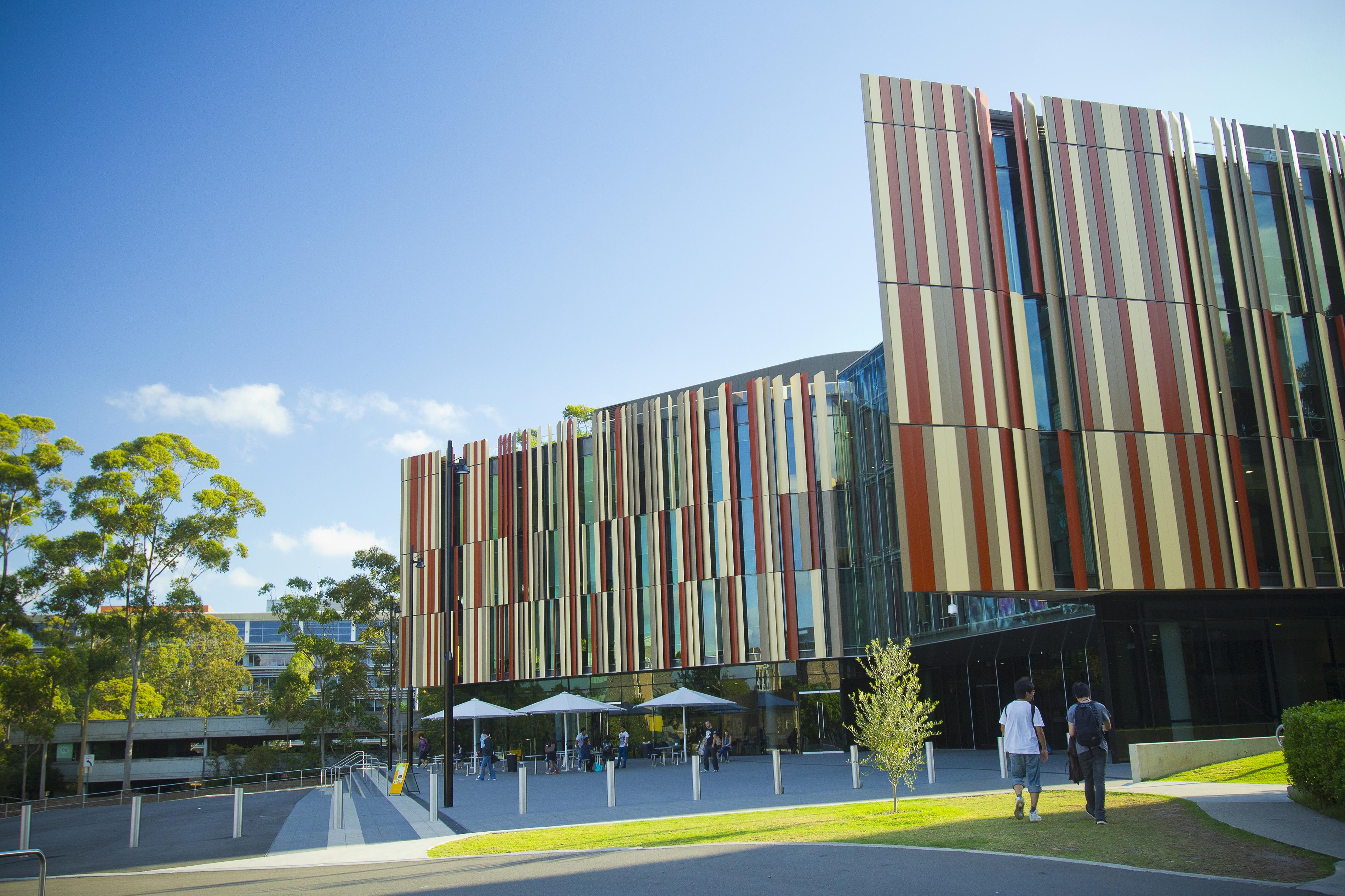 MQ4 - 6 trường đại học tốt nhất ở Úc được lọt vào TOP 100 thế giới