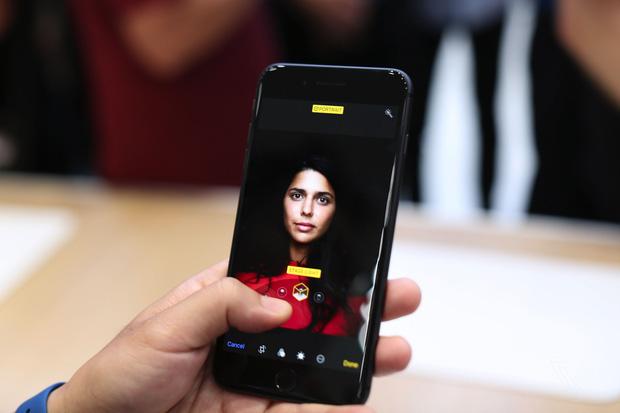 iphone x va iphone 8 chinh thuc ra mat co dat hang ngay thang 9 11 - Chiêm ngưỡng cận cảnh Iphone X và Iphone 8 mới được ra mắt