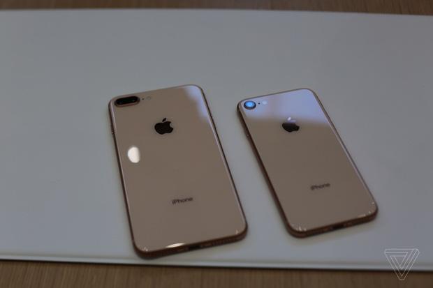 iphone x va iphone 8 chinh thuc ra mat co dat hang ngay thang 9 13 - Chiêm ngưỡng cận cảnh Iphone X và Iphone 8 mới được ra mắt