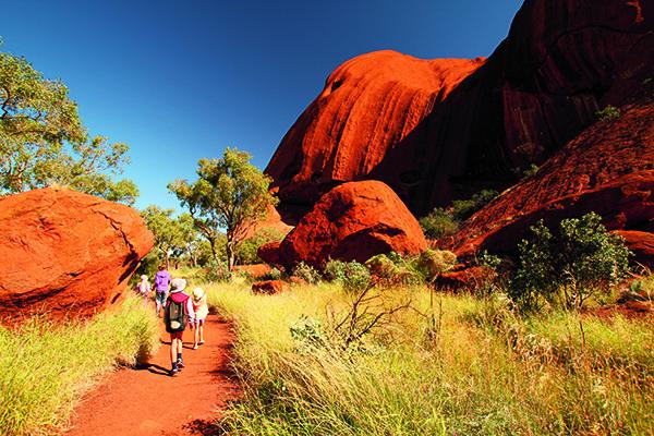 uluru kata tjuta national park 3 - Điểm danh những địa điểm đẹp nhất Úc được UNESCO công nhận
