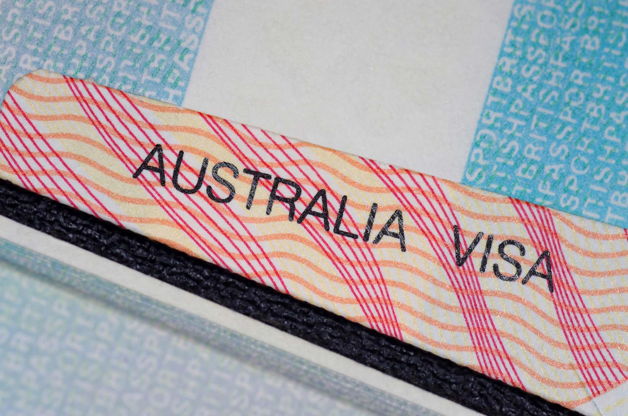 """Changes to the Work Visa Program - Việc xóa bỏ Visa 457 và những mối lo ngại khiến nhiều người """"đau đầu"""""""