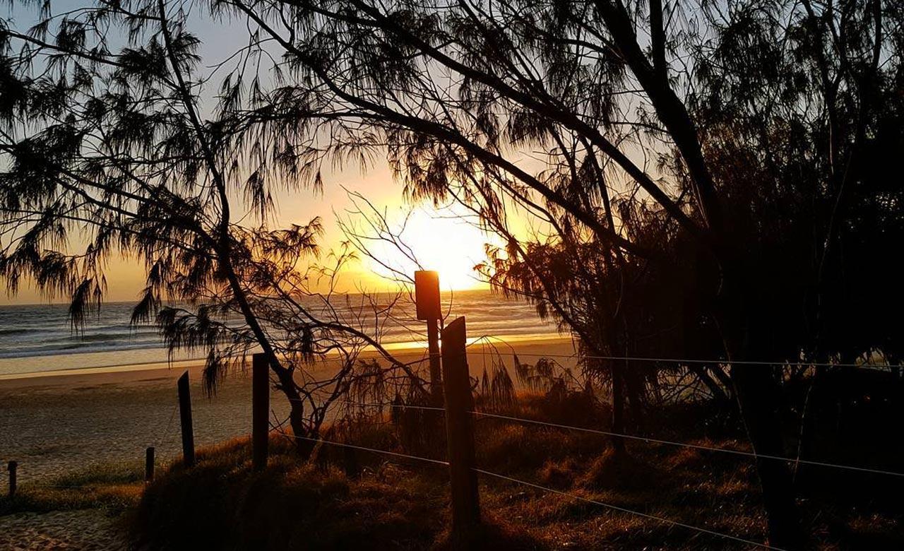 coolum beach 1 - 10 bãi biển cắm trại tốt nhất tại Queensland cho mùa xuân này
