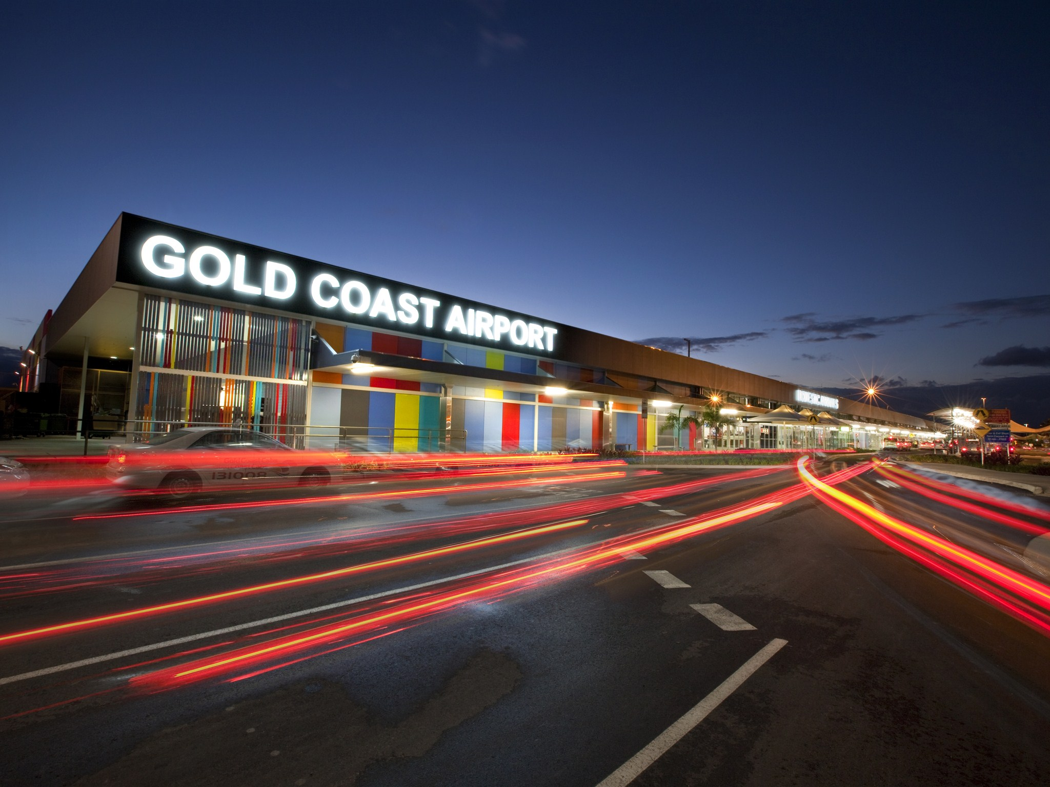 gold coast airport - Du lịch Gold Coast, 8 điều bạn cần PHẢI BIẾT