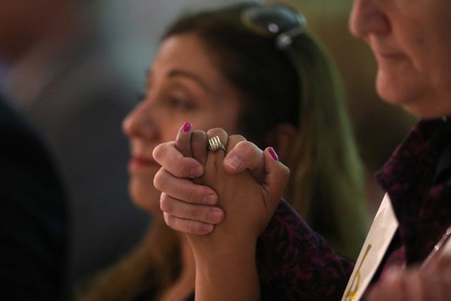 lasvegas shooting - Giá cổ phiếu công ty súng đạn tăng đột biến sau thảm kịch Las Vegas