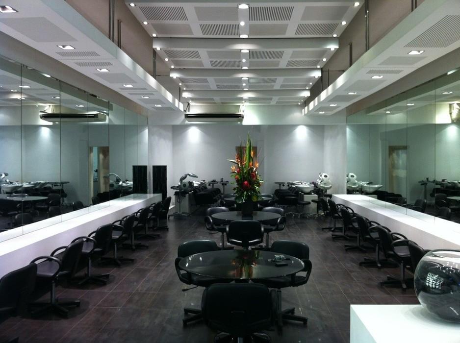 rokk ebony mentone beauty salons 9701 938x704 - Sở hữu mái tóc ưng ý với 10 salon đẳng cấp thế giới tại Melbourne