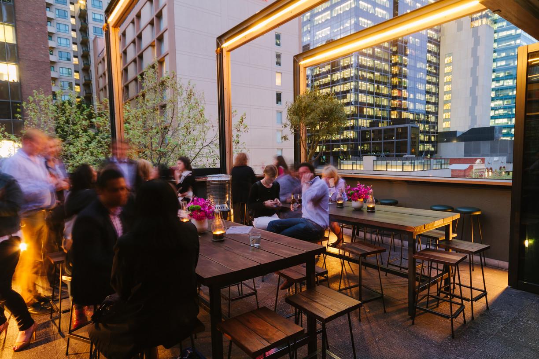 yH5BAEAAAAALAAAAAABAAEAAAIBRAA7 - 10 quán bar có view đẹp nhất Melbourne giúp bạn GIẢI TỎA sau giờ làm việc