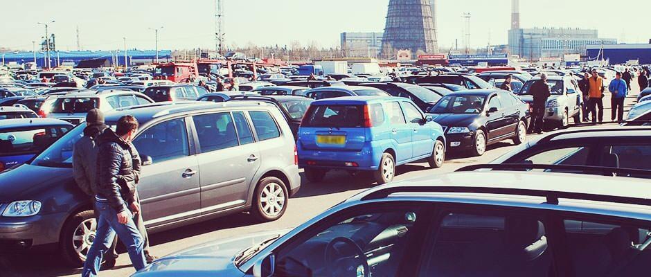 Từ các dealer chuyên bán xe cũ  - Những kinh nghiệm QUAN TRỌNG khi mua xe ôtô cũ tại Úc