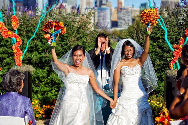 ng ký kết hôn đồng tính có thể làm online từ hôm nay 2 - Những luật MỚI của Úc từ 01/01/2018: phúc lợi, hộ chiếu, thuế đường, giáo dục