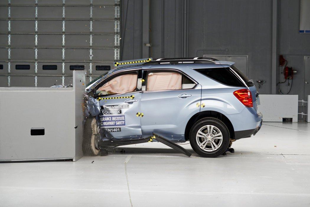 09CRASH image 1 master1050 - Loại xe hơi nào AN TOÀN và NGUY HIỂM nhất đang được sử dụng tại Úc?