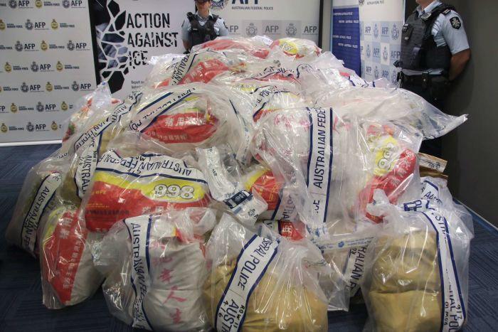 yH5BAEAAAAALAAAAAABAAEAAAIBRAA7 - Cảnh sát bắt giữ đường dây buôn bán ma túy lớn nhất trong lịch sử Úc