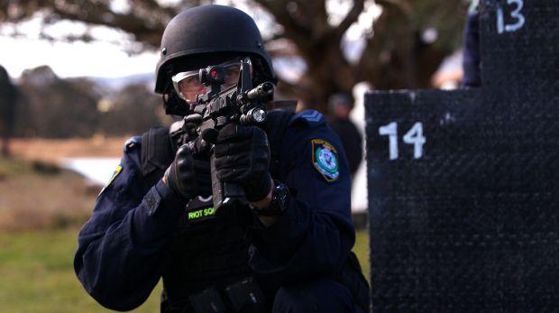 1513576123134 1 - Chiến tranh chống khủng bố: Cảnh sát NSW được trang bị súng trường có sức tấn công siêu cao