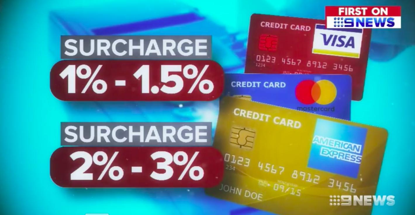 """Ảnh chụp Màn hình 2017 12 11 lúc 20.26.27 - Nhiều nhà bán lẻ """"tranh thủ"""" thu PHỤ PHÍ thẻ tín dụng khi khách hàng thanh toán"""