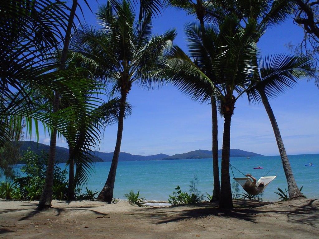 Happy Bay, Queensland