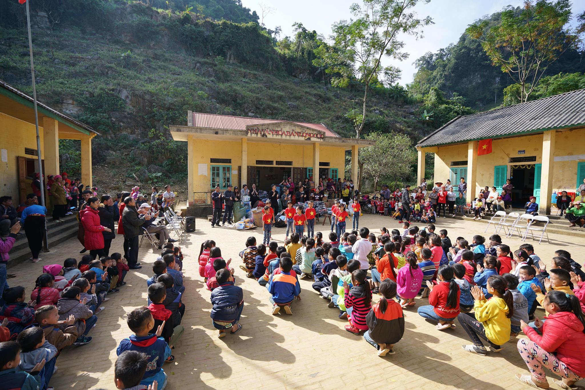 Nghĩa cử cao đẹp của nhóm du học sinh Úc quyên góp từ thiện giúp trẻ em vùng cao Vietnam 2 - Nghĩa cử cao đẹp của nhóm du học sinh Úc quyên góp từ thiện giúp trẻ em vùng cao Vietnam