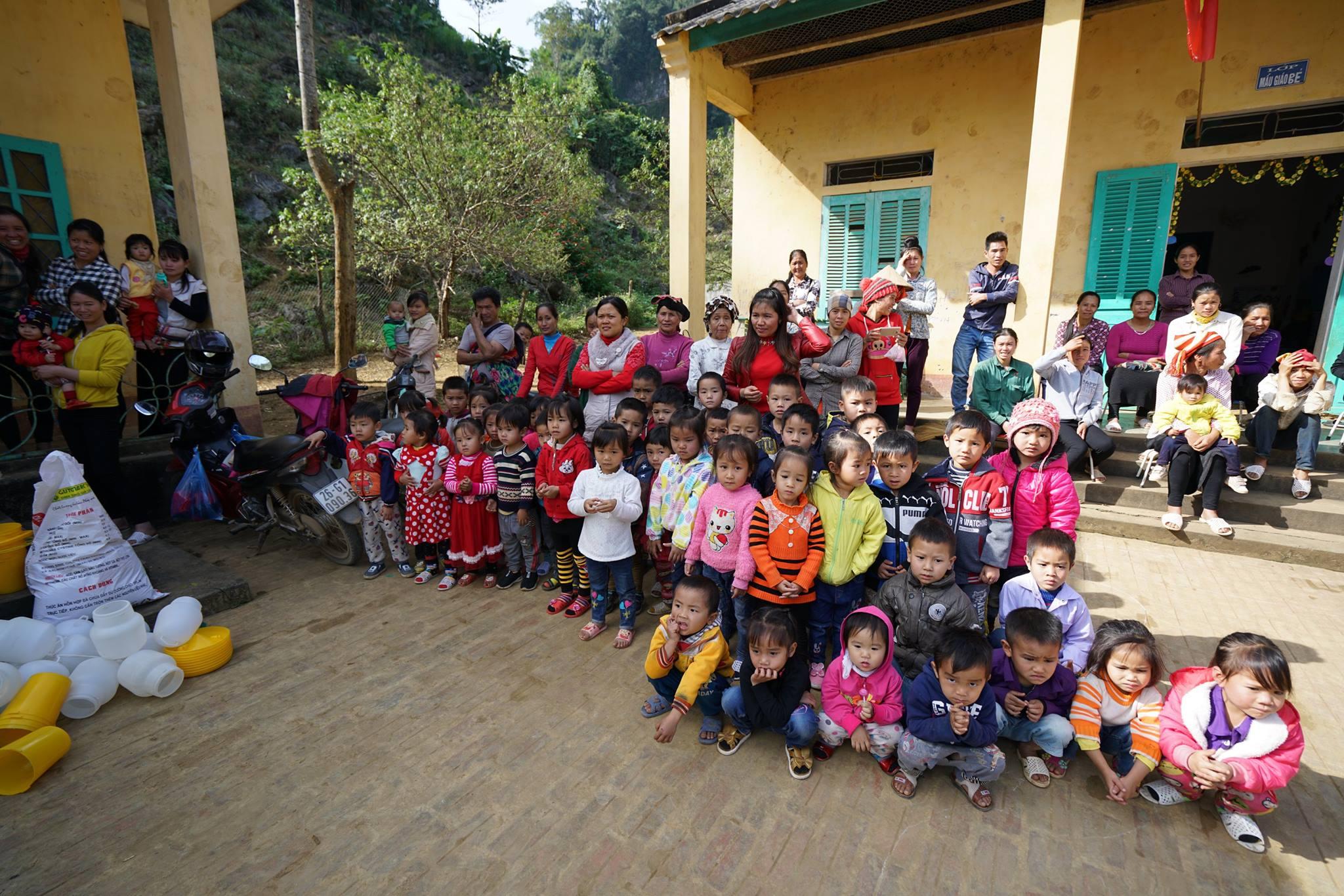 Nghĩa cử cao đẹp của nhóm du học sinh Úc quyên góp từ thiện giúp trẻ em vùng cao Vietnam 5 - Nghĩa cử cao đẹp của nhóm du học sinh Úc quyên góp từ thiện giúp trẻ em vùng cao Vietnam