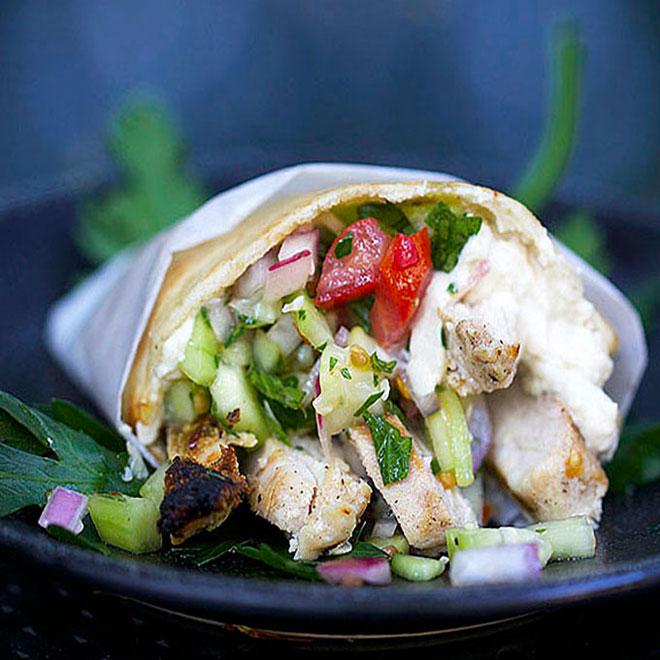 Shawarma Israel - Bánh mì Vietnam xếp thứ 2 trong top 10 món sandwich ngon nhất thế giới