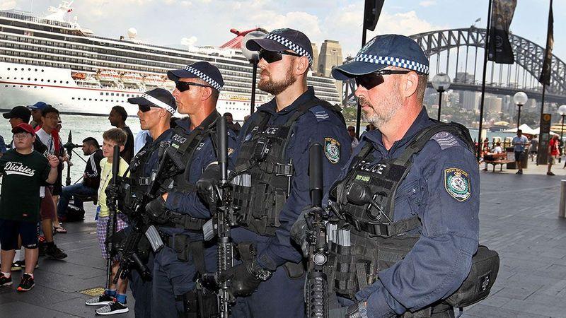 http prod.static9.net .au   media 2017 12 28 06 43 2812 nye sp - Cảnh sát Úc được trang bị vũ khí hiện tối tân nhằm tăng cường an ninh đêm Giao thừa