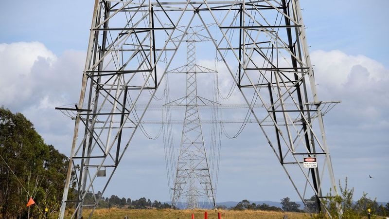 http 2F2Fprod.static9.net .au2F 2Fmedia2F20172F102F292F232F322F171029energy - Dự báo chi phí hóa đơn điện sẽ giảm xuống trong năm 2018