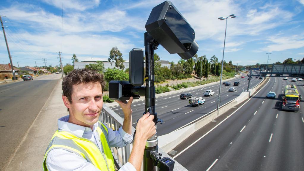safe image - Victoria: Thử nghiệm hệ thống camera công nghệ cao giúp phát hiện người sử dụng di động khi lái xe
