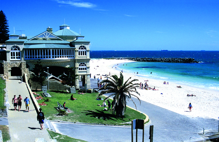 036summerinthecityPerth1 - Khám phá TOP 10 bãi biển đẹp nhất Tây Úc