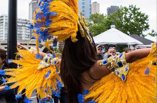2 1 - Tận hưởng không khí La-tinh trong Lễ Hội Mùa Hè 2018 ở Melbourne