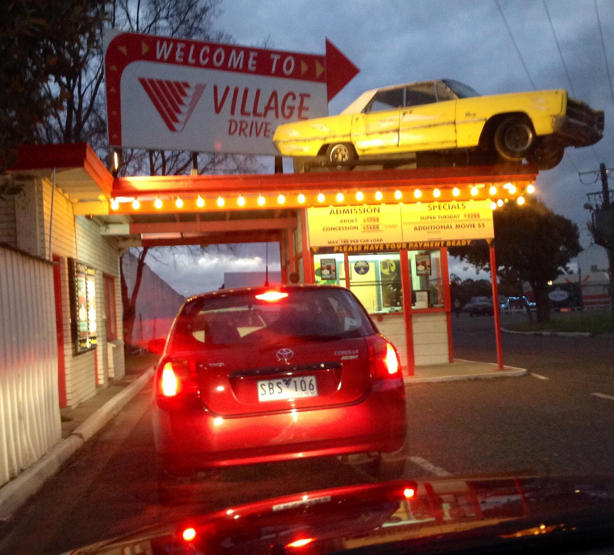 Coburg Drive In Melbourne - 9 rạp chiếu phim ngoài trời hot nhất Melbourne