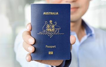 australian citizen hero img - Chi tiết về thường trú Úc và quốc tịch Úc?