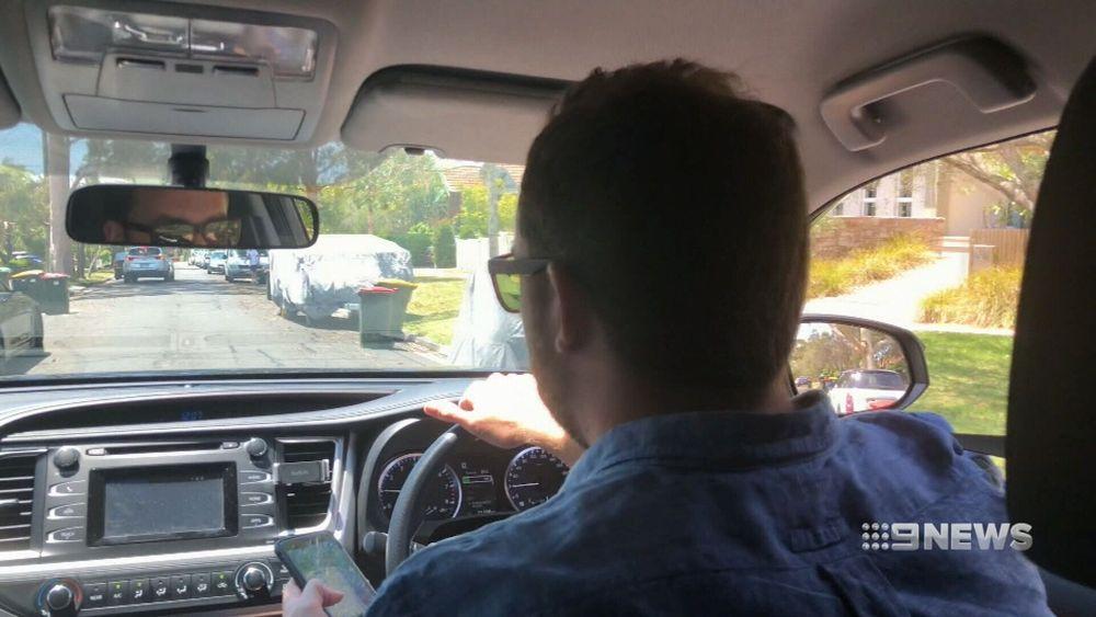 http 2F2Fprod.static9.net .au2F 2Fmedia2F20182F012F042F202F342F180104 TCN AMAROADS3 - Úc yêu cầu tăng mức phạt với tài xế trẻ sử dụng điện thoại khi lái xe