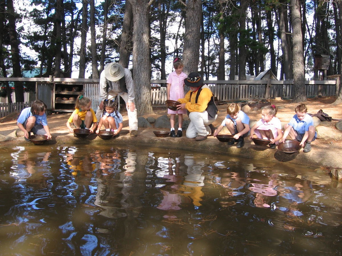 Bathurst Goldfields Educational Programs
