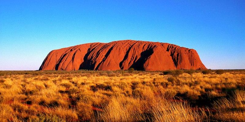 Uluru aka Ayers Rock Northern Territory Australia1 - 10 điểm đến bạn không nên bỏ lỡ ở Úc trong năm 2018 này!