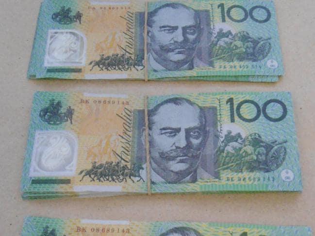 1 2 - Sydney: Cẩn thận với tiền giả mệnh giá $100 đang lưu hành tại khu vực