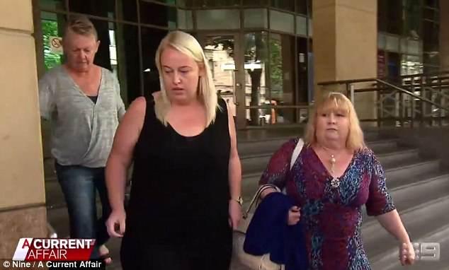 4B028E9900000578 5598209 image m 103 1523355157603 - Giả bị ung thư, cô gái Melbourne lừa hơn 40.000 đô tiền quyên góp để đi bar và ma tuý