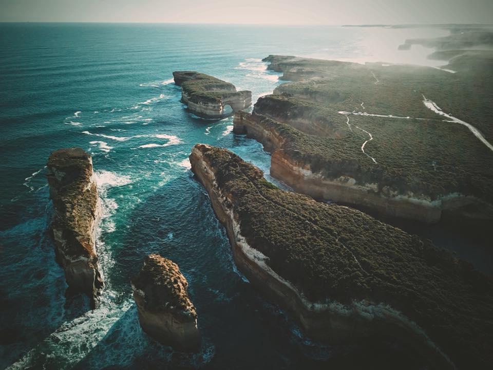 yH5BAEAAAAALAAAAAABAAEAAAIBRAA7 - The Twelve Apostles: Du khách khắp thế giới thỏa lòng khi chiêm ngưỡng vẻ đẹp của nơi đây!