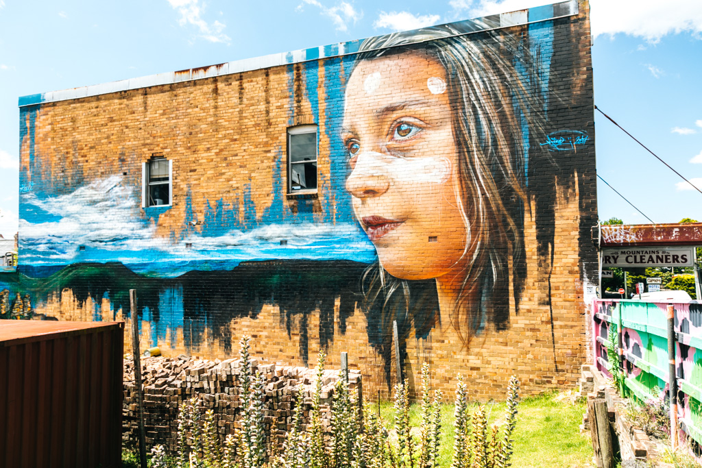 blue-mountains-street-art