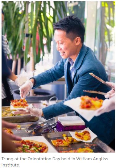 yH5BAEAAAAALAAAAAABAAEAAAIBRAA7 - Chia sẻ kinh nghiệm kết bạn ở Úc từ Trung Nguyễn