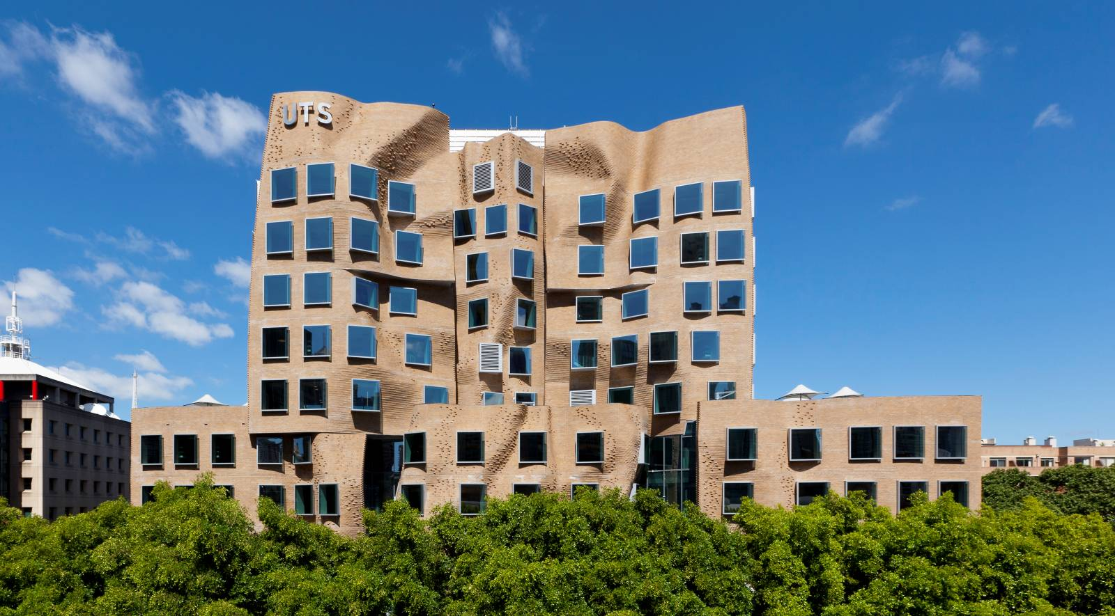 Dr-Chau-Chak-Wing-Building