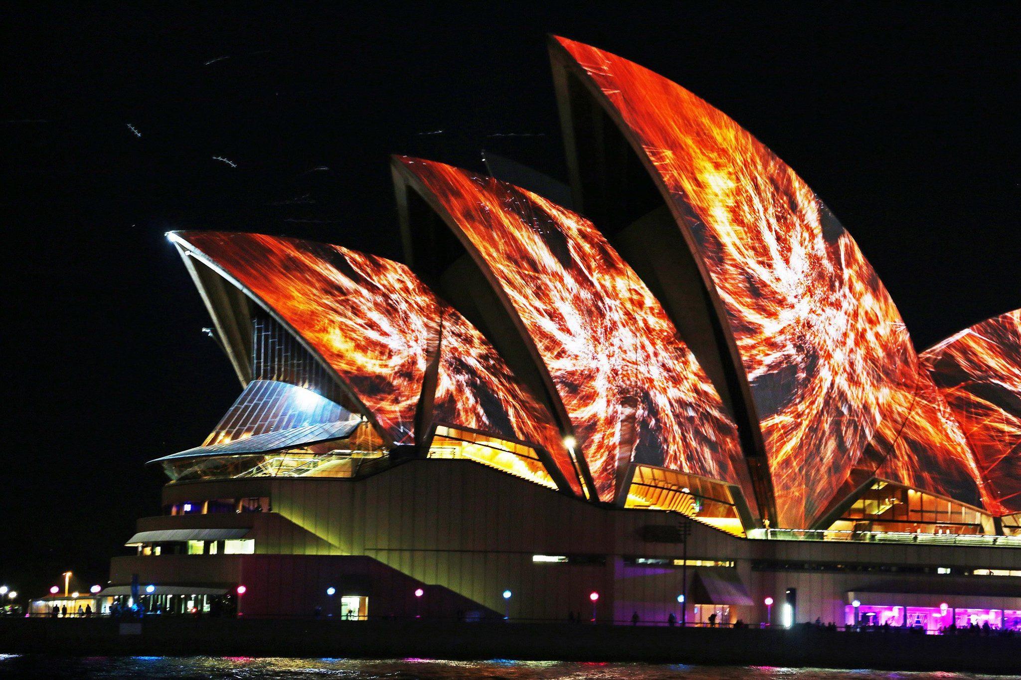 Metamathemagical - Tất tần tật mọi thứ bạn cần biết về Vivid Sydney 2018