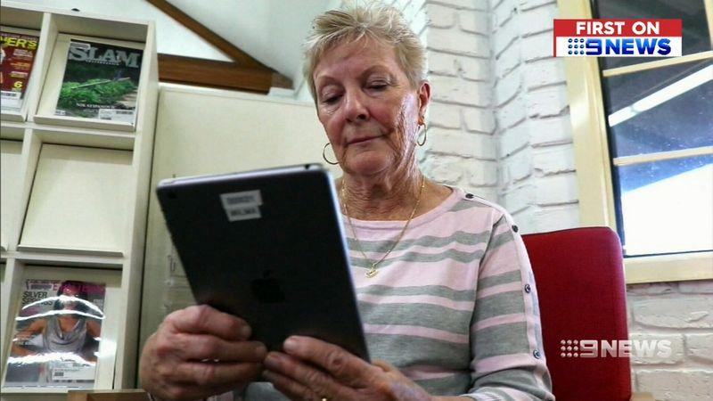 QTQSAVINGSACC3 - Lãi suất thấp ảnh hưởng xấu đến lãi tiết kiệm của người cao tuổi