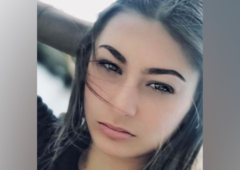 Melbourne girl, 15, missing